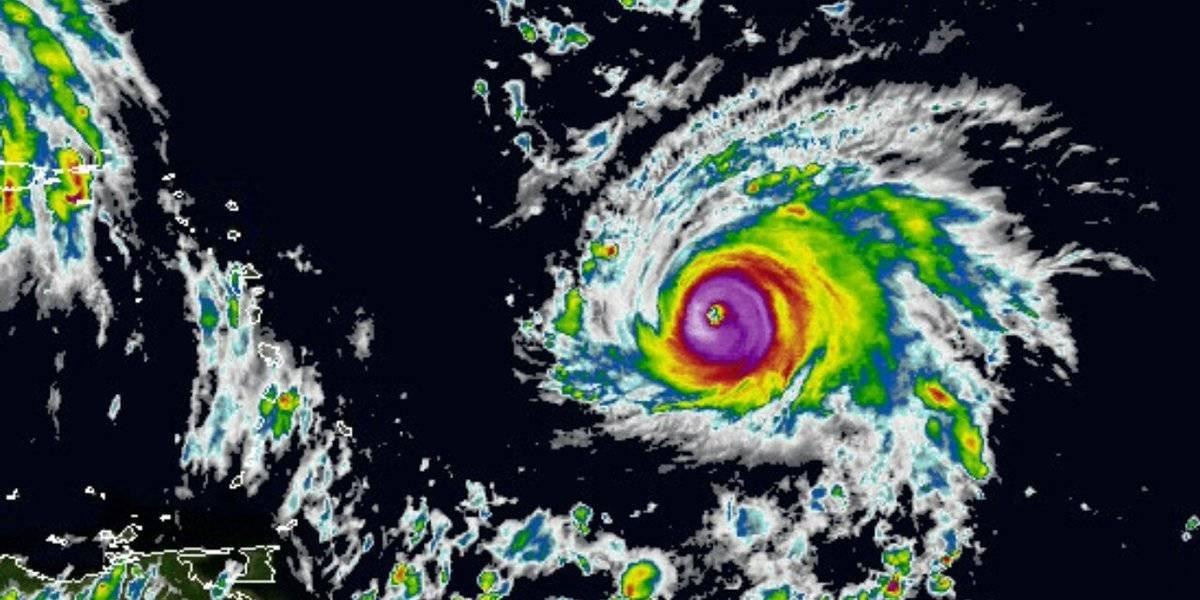 Se han evacuado a 10.000 turistas en Cuba — Huracán Irma