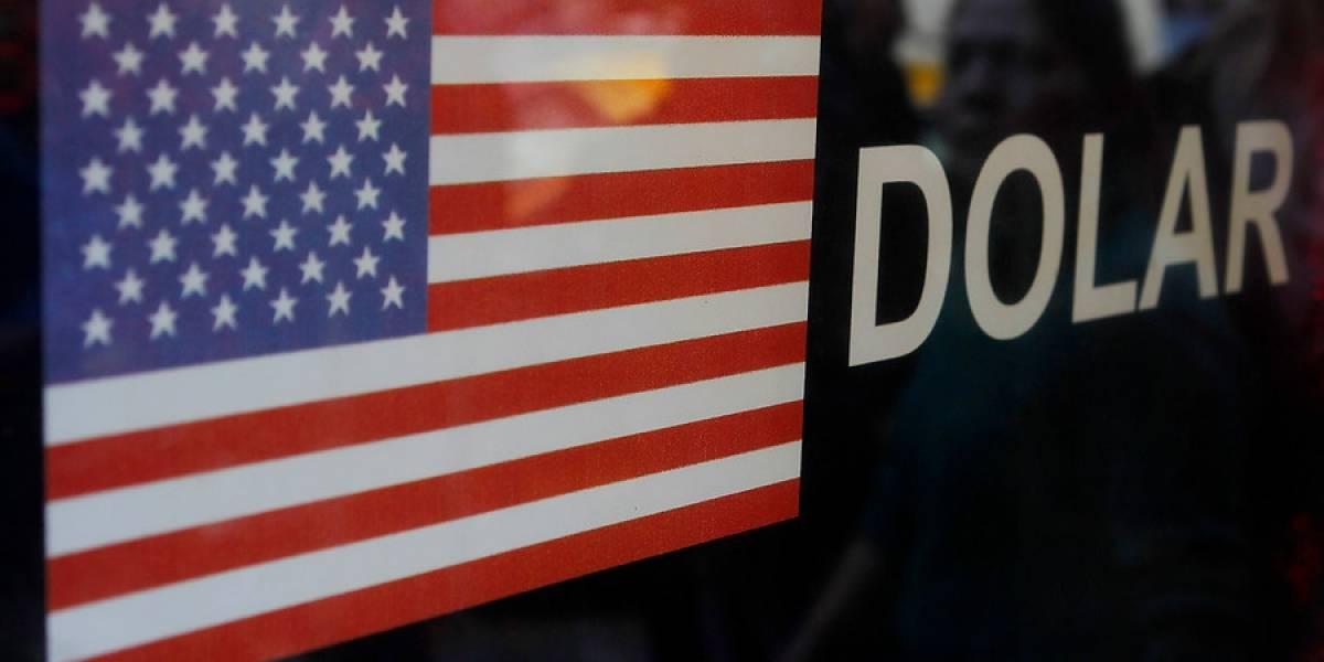 No para de caer: ahora dólar baja de los $615