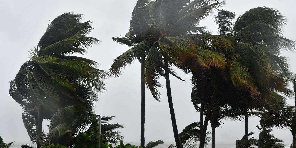 Vientos de huracán ya se sienten en San Juan