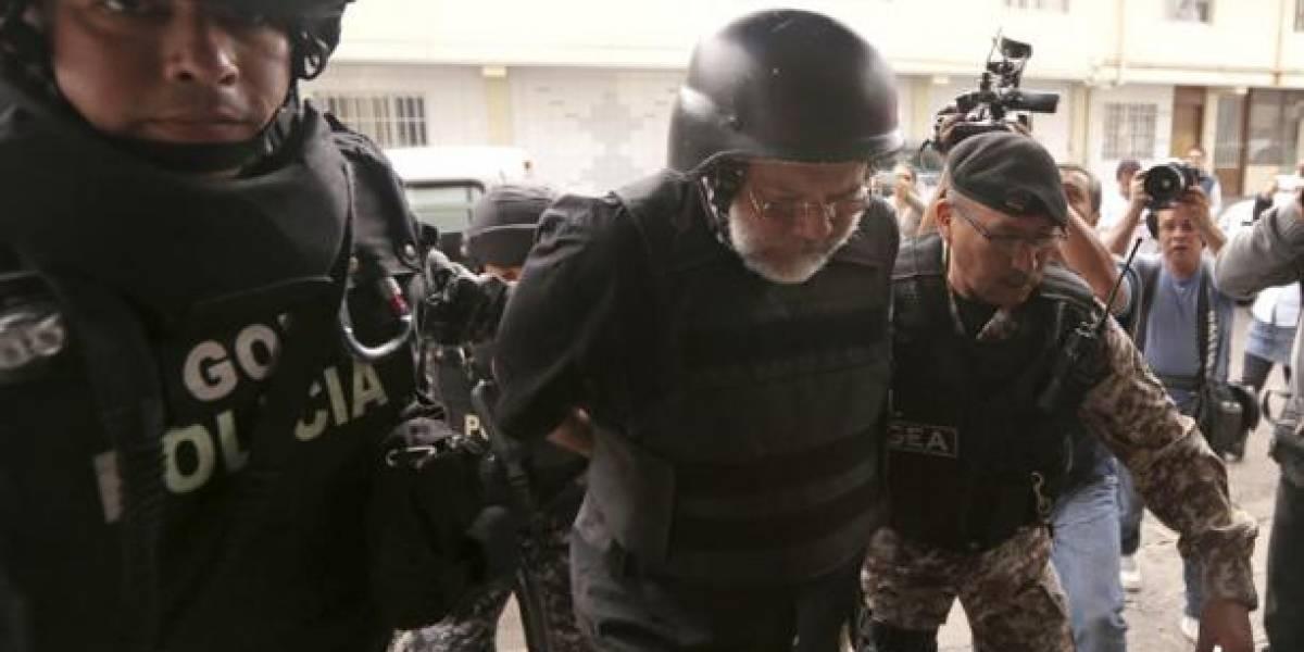 Carlos Pareja Yannuzzelli fue trasladado de la cárcel N°4 de Quito al CRS Latacunga