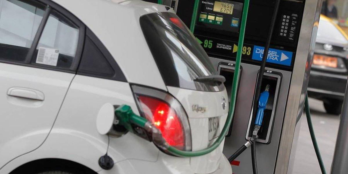 Huracanes provocarían nueva subida del precio de las bencinas