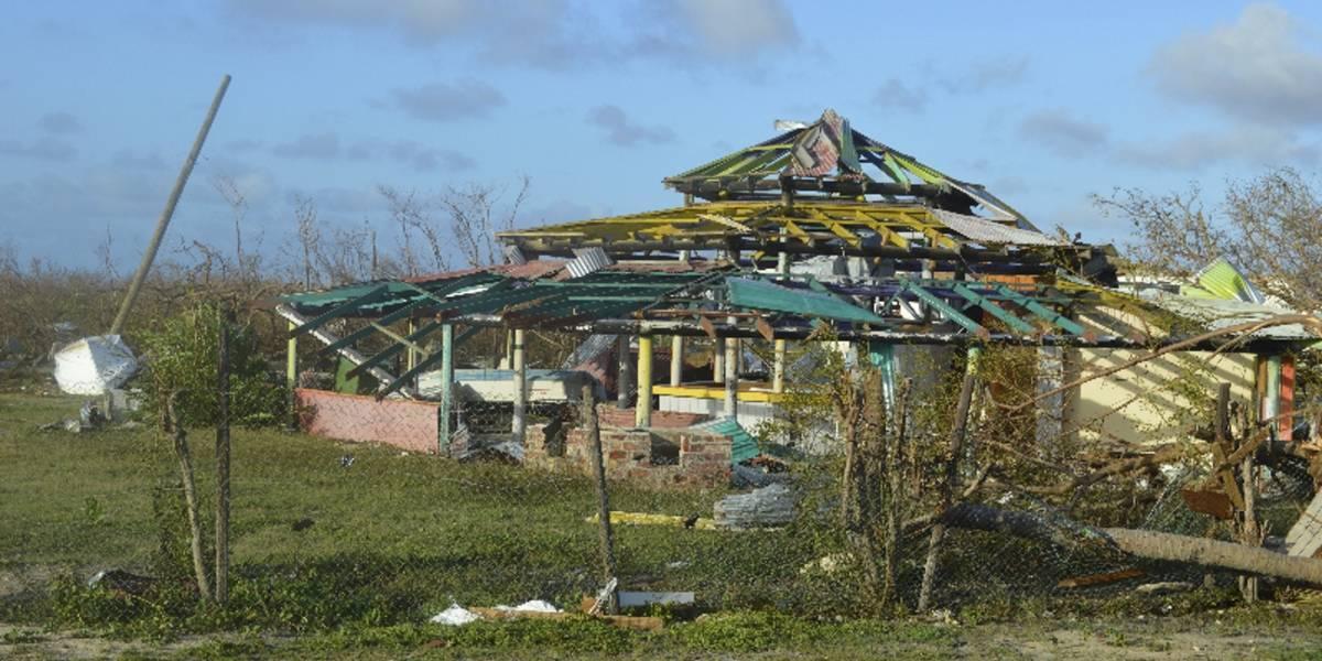 Trump alerta a habitantes de Florida por la llegada del huracán 'Irma'