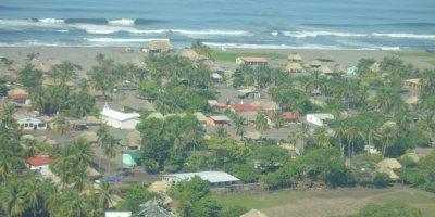 Extraña mancha se visualiza en el mar en Retalhuleu tras terremoto