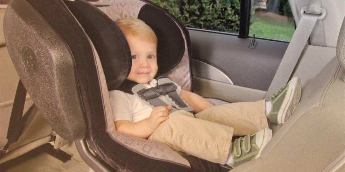 Así es la campaña para fomentar el uso de las sillas de niños en autos