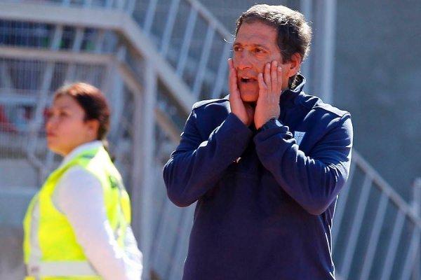 Mario Salas tiene contrato vigente con la UC hasta diciembre de 2018 / Photosport