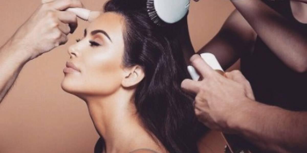 Kim Kardashian luce nuevo look
