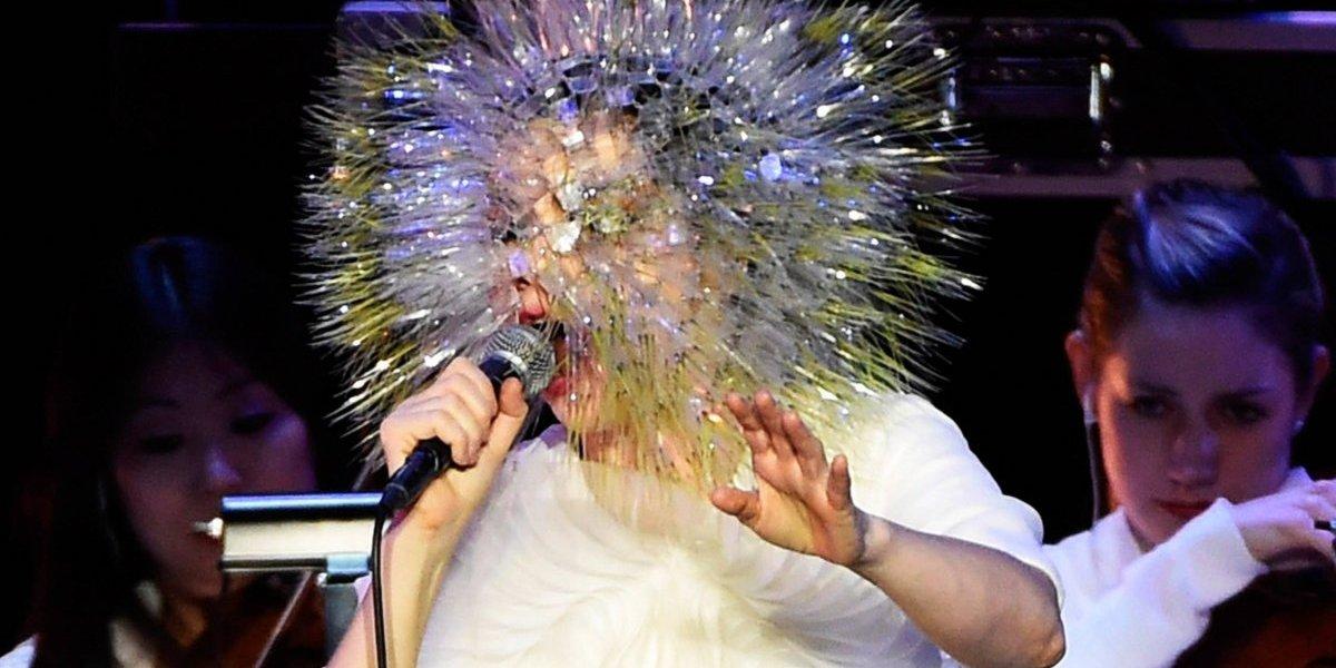 Björk anuncia que lanzará su nuevo disco en noviembre