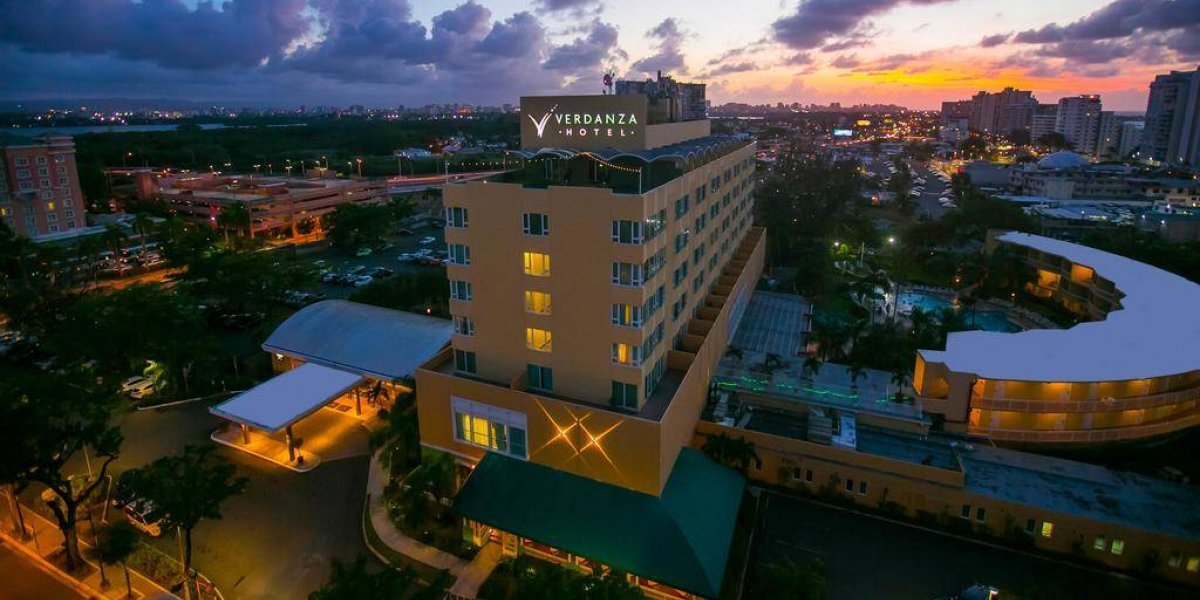 Hotel Verdanza se convierte en centro de acopio para los afectados por Irma