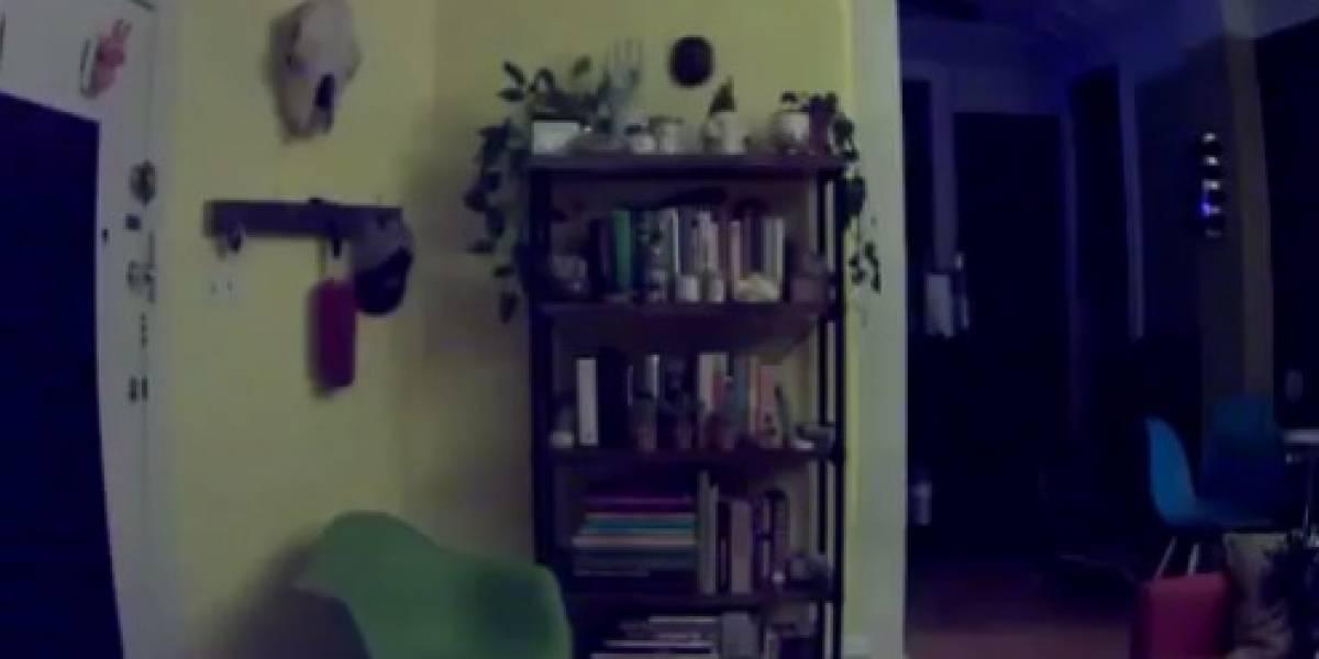 Hombre graba 'actividad paranormal' en su departamento