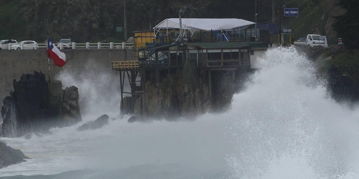 Cinco puertos fueron cerrados producto de las marejadas