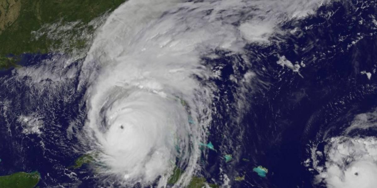 """VIDEO. Captan un escalofriante """"rostro"""" dentro del huracán Irma"""