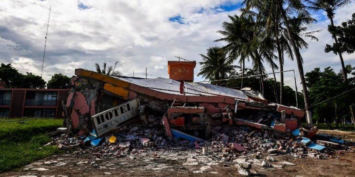 Suman 90 los muertos por terremoto en México; afectados reclaman ayuda