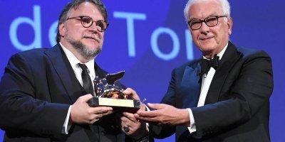 Gana Del Toro el León de Oro en Festival de Venecia