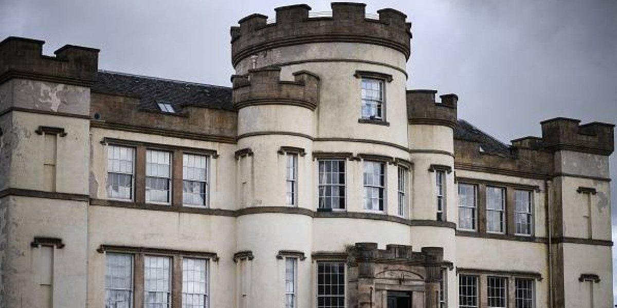 Hallan cientos de cuerpos de menores en fosa común de orfanato escocés