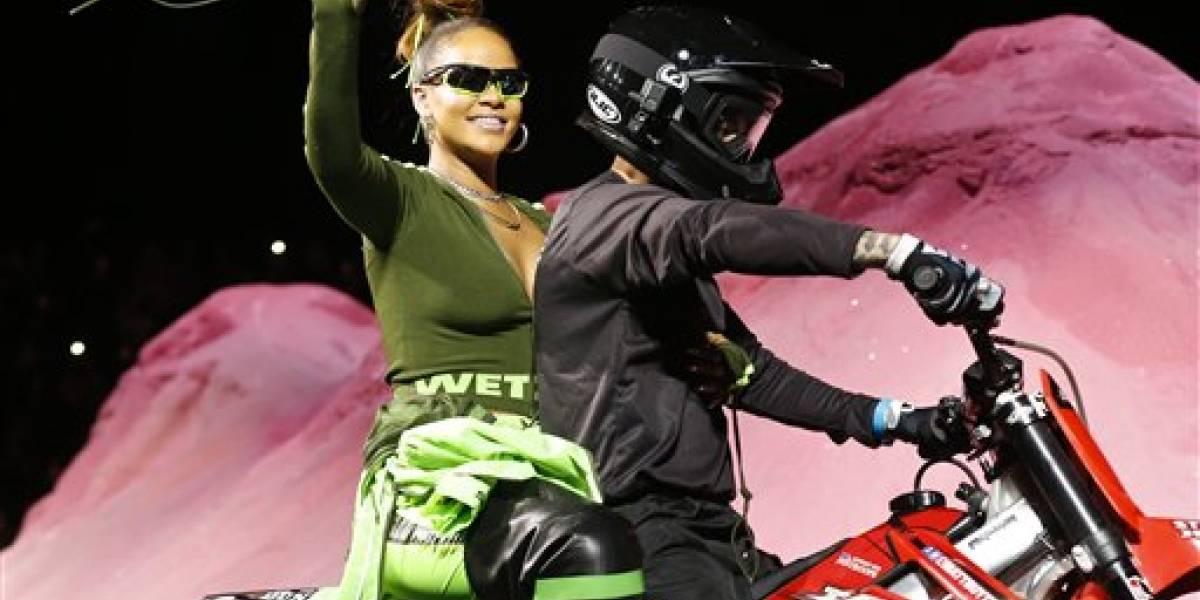Rihanna, una estrella de rock en Semana de la Moda N.Y.