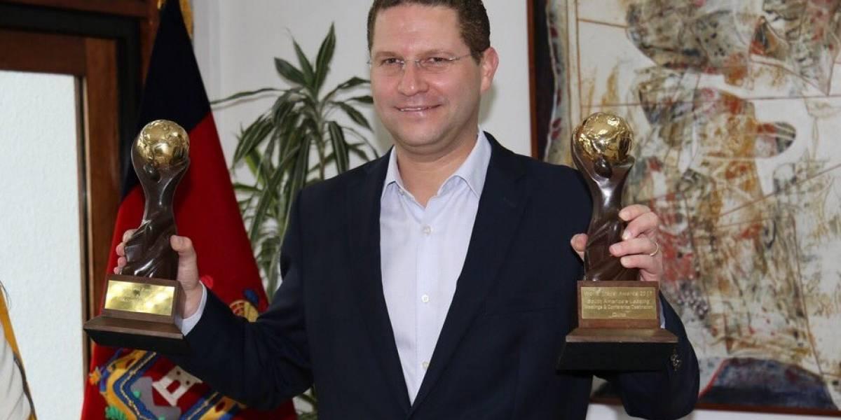 Mauricio Rodas apoyará la consulta popular de Lenín Moreno