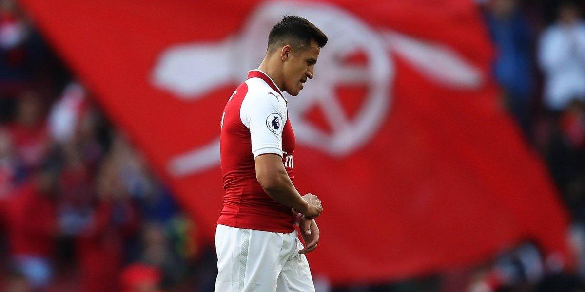 """Destrozan a Alexis en Inglaterra: """"Podría alegrarse y dar lo mejor de él"""""""