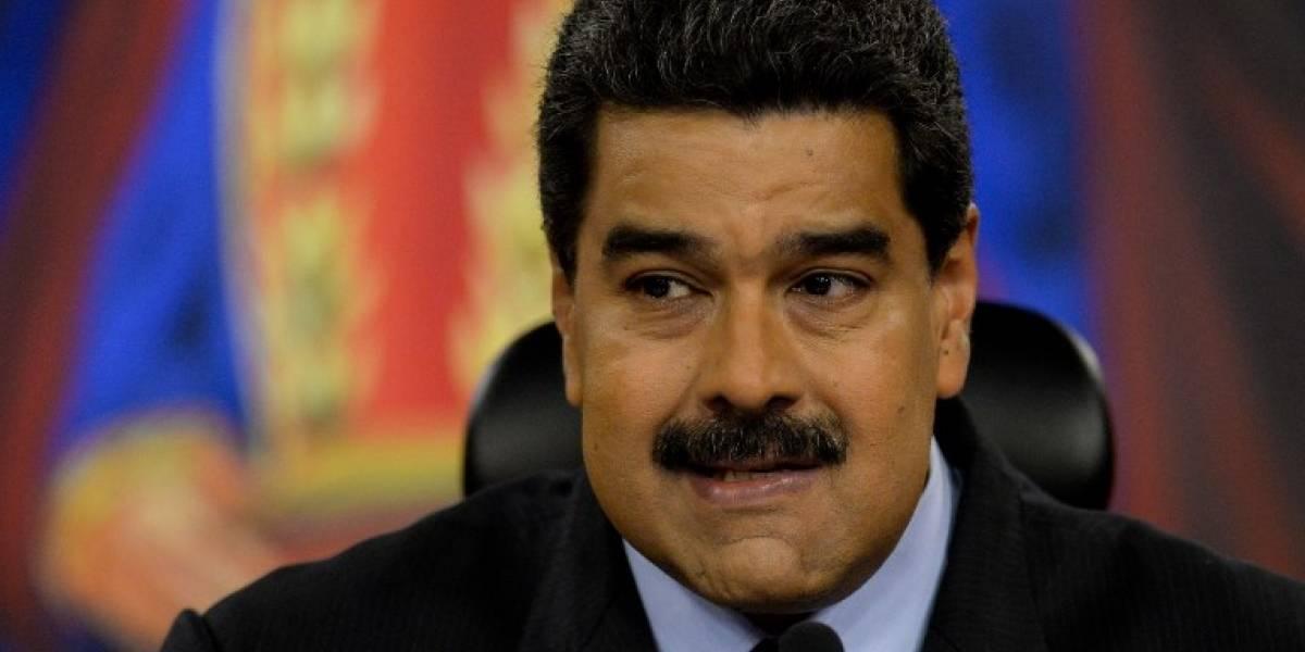 """Maduro condena la represión en Cataluña y llama """"dictador"""" a Rajoy"""