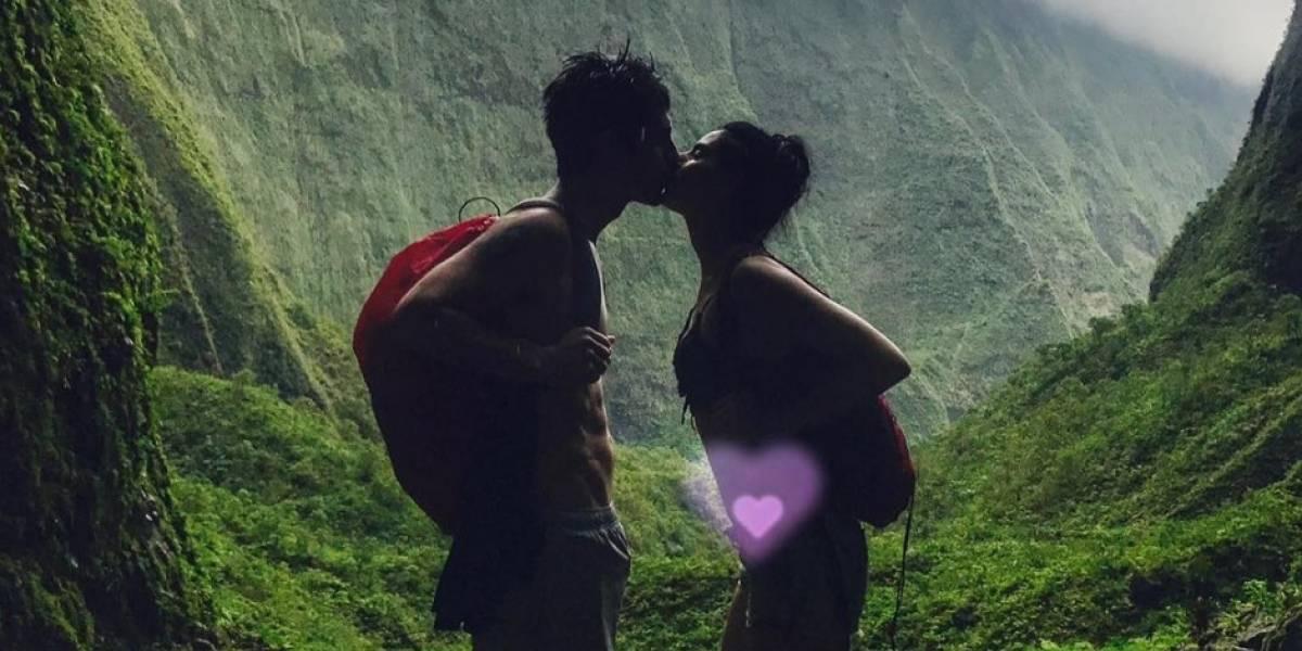 Aislinn Derbez presume con esta foto su embarazo de 4 meses