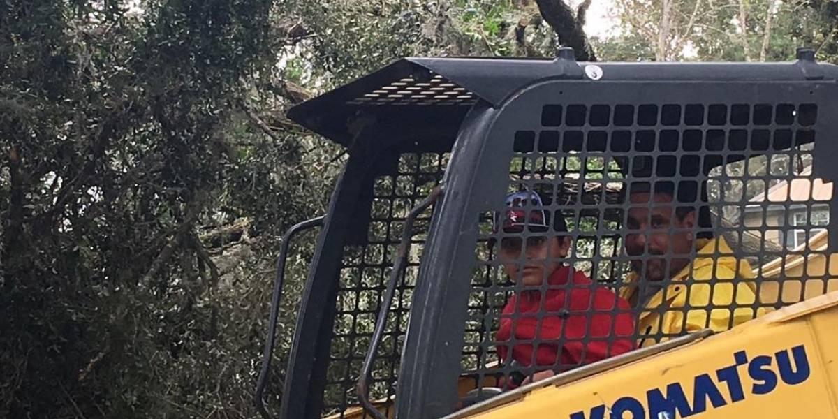 Olga Tañón da la mano a sus vecinos en Florida tras Irma