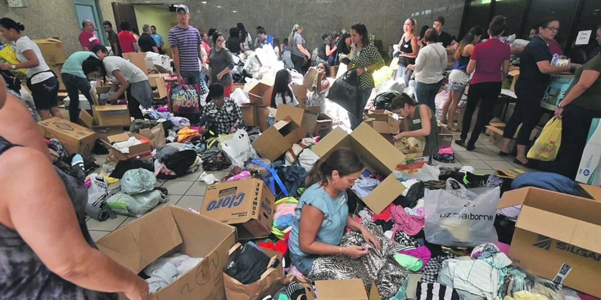 Entidades abren centros de acopio para víctimas del paso de Irma