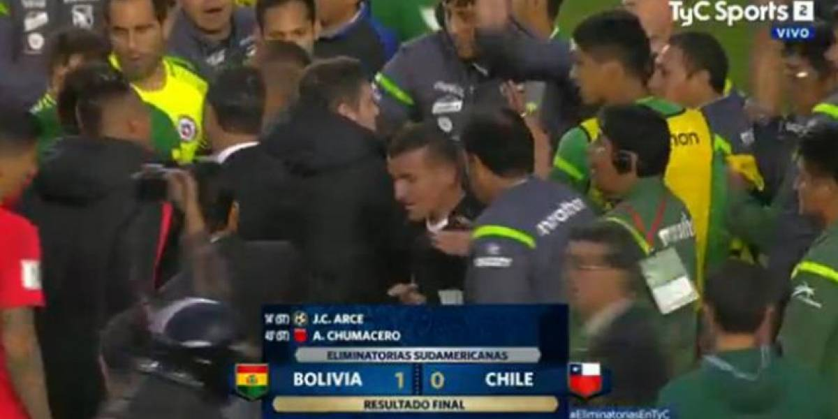 Bolivia sancionado por inconvenientes en partido con Chile