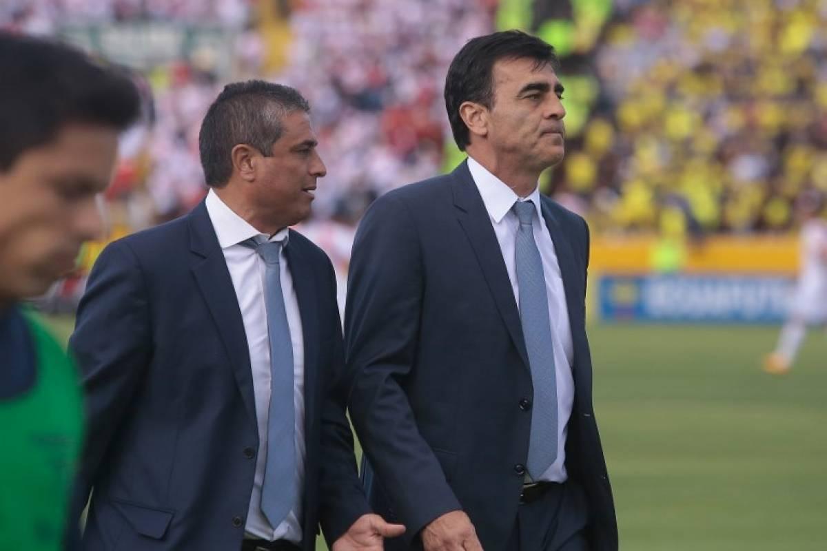 Gustavo Quinteros no sigue al mando de la selección de Ecuador