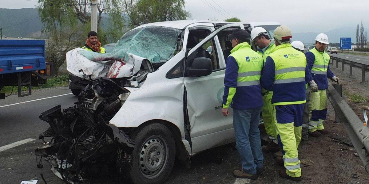Ministra del trabajo se suma al pesar por fallecimiento de dirigentes sindicales en accidente de Llay Llay