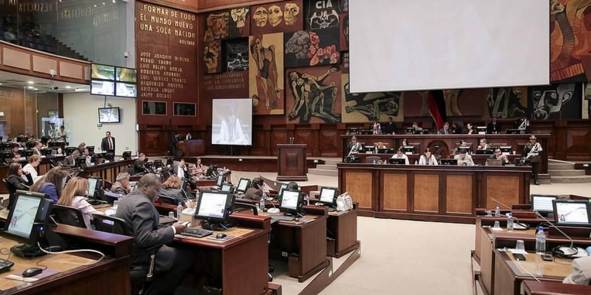 Asamblea Nacional exhortó a las autoridades solucionar falta de agua en Esmeraldas