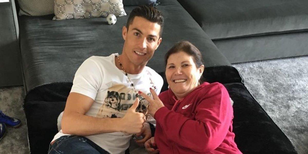 Mamá de Cristiano Ronaldo comparte una tierna imagen de los mellizos de CR7