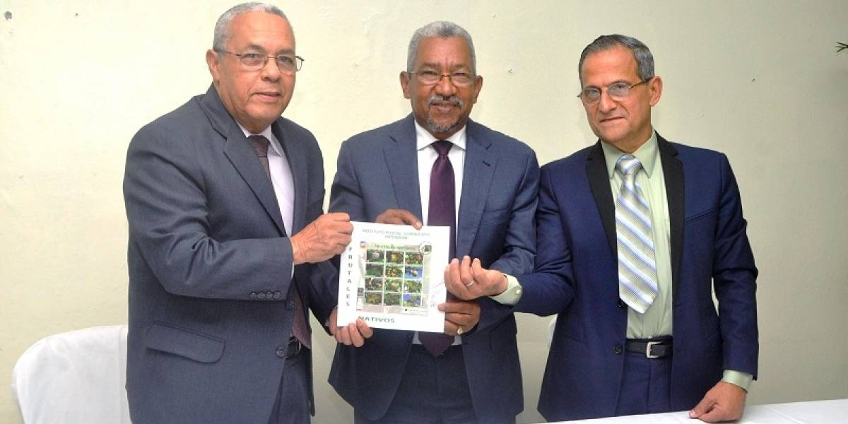 Inposdom y Jardín Botánico lanzan nuevos sellos postales