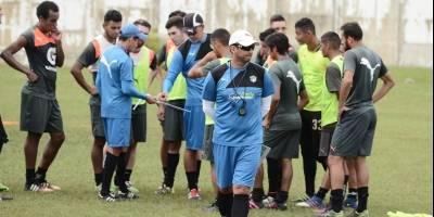 ¿Tendrá el respaldo de sus jugadores el técnico Ronald González?