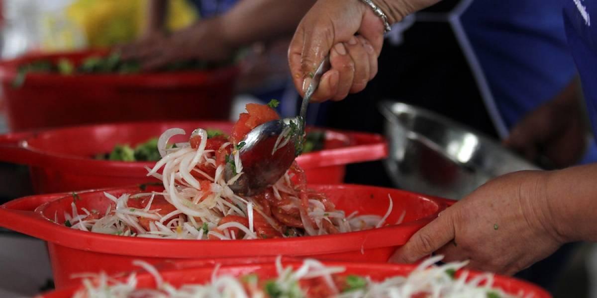 La ensalada chilena estará mucho más barata este año