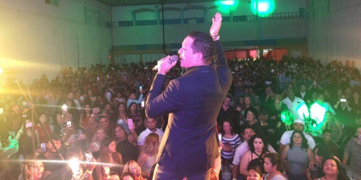 Frank Reyes permanece en Estados Unidos con su exitosa gira