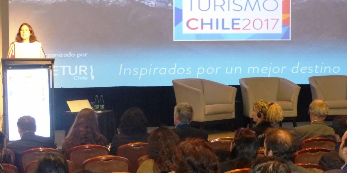 """Con foco en el crecimiento y sustentabilidad comenzó el primer """"Summit Turismo Chile 2017"""""""