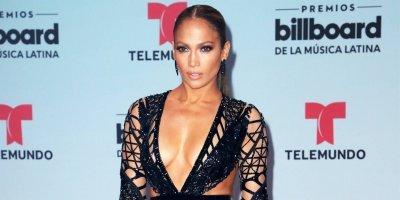 Jennifer Lopez es la mamá más orgullosa