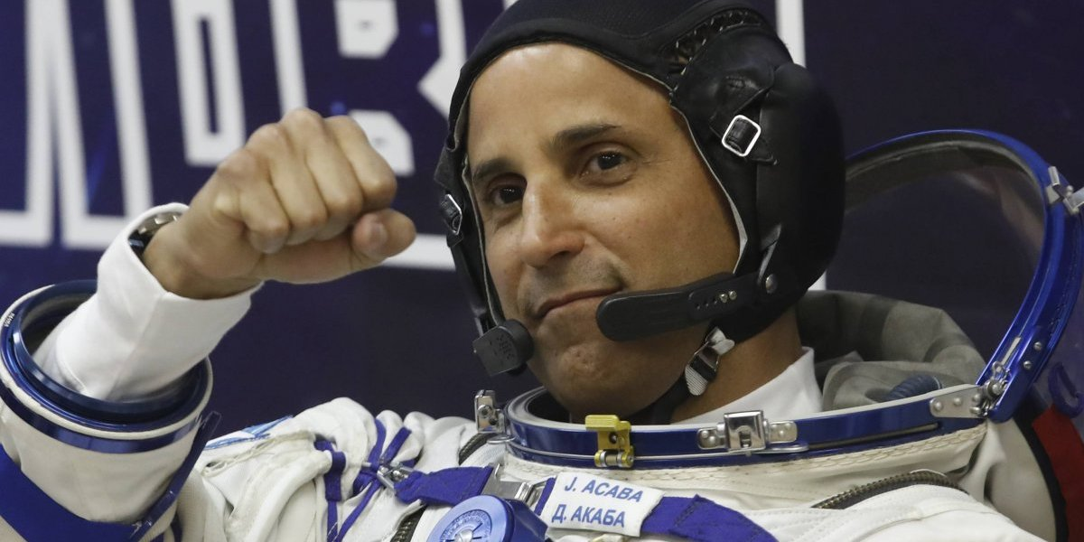 Reciben suministros y regalos de Navidad en la Estación Espacial Internacional