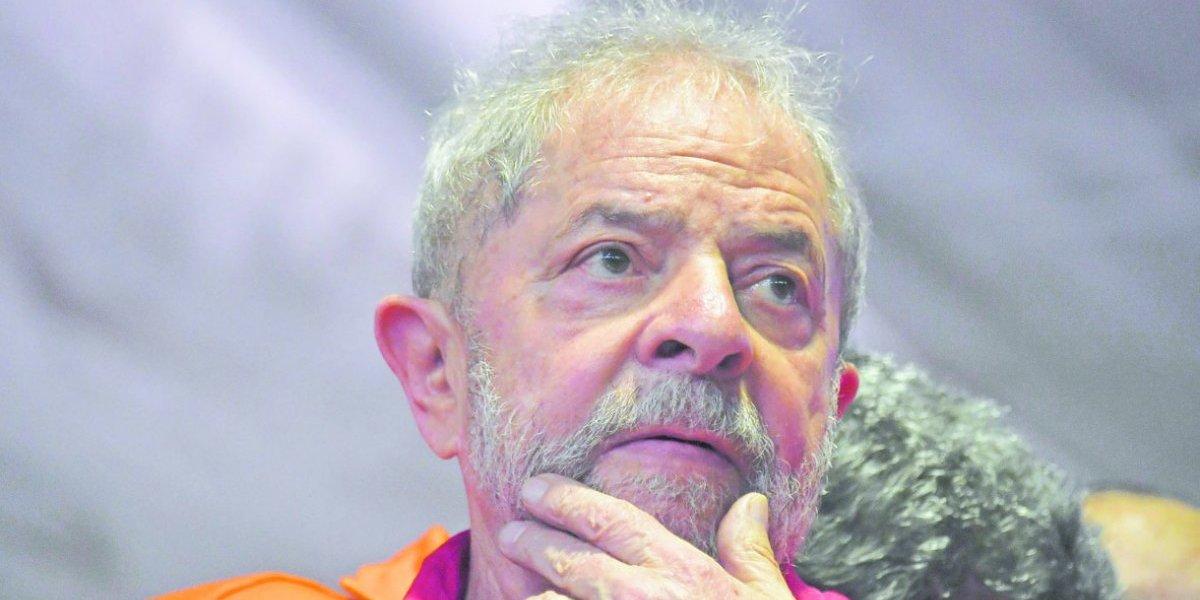 Lula no se aleja de los tribunales