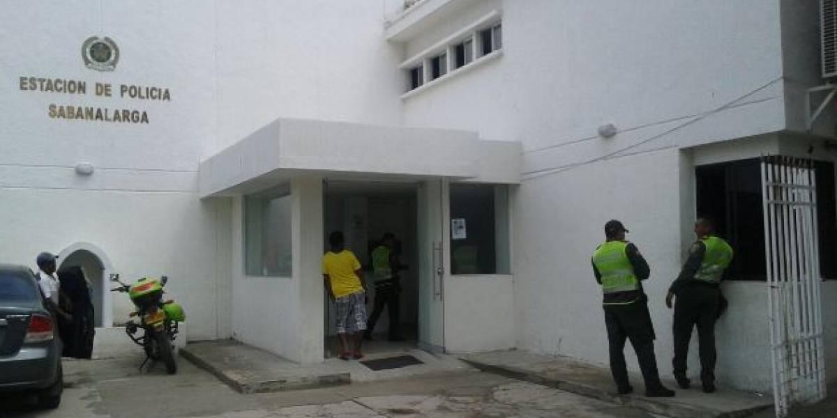 Denuncian a dos policías por supuesta violación a una venezolana en Atlántico