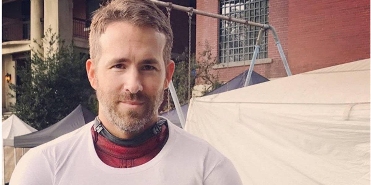 Grade de proteção cede e quase machuca Ryan Reynolds durante a CCXP 2019