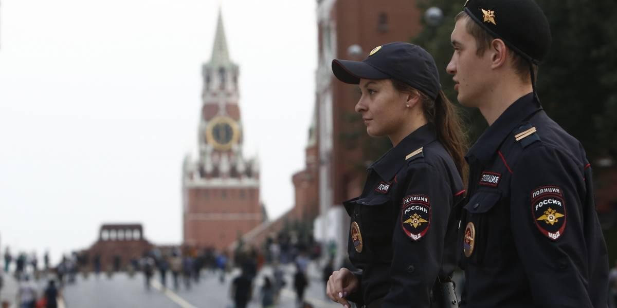 Ameaças simultâneas de bombas evacuam milhares de pessoas em Moscou, na Rússia