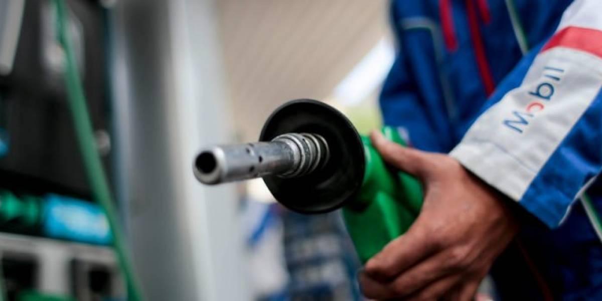 """Mala noticia para el """"18"""": precio de todos los combustibles sube este jueves"""