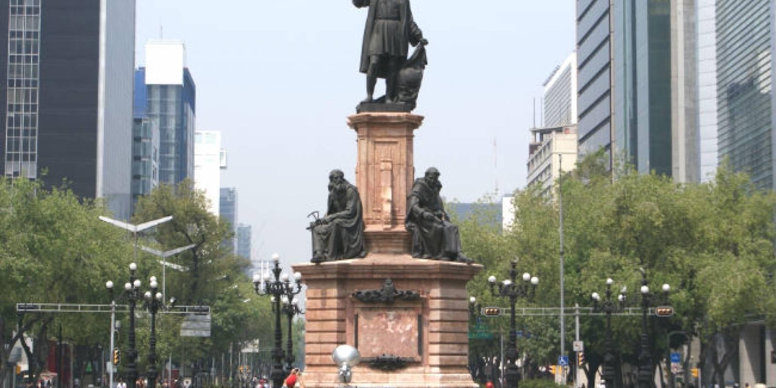 Estatua de Colón en la Ciudad de México