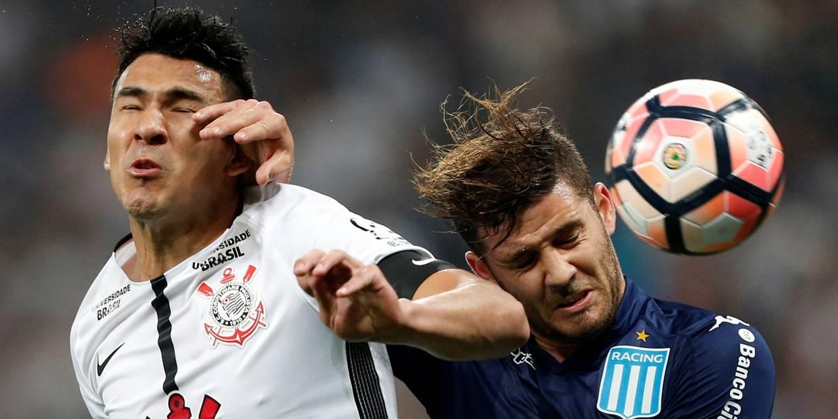 Corinthians bobeia e cede empate ao Racing