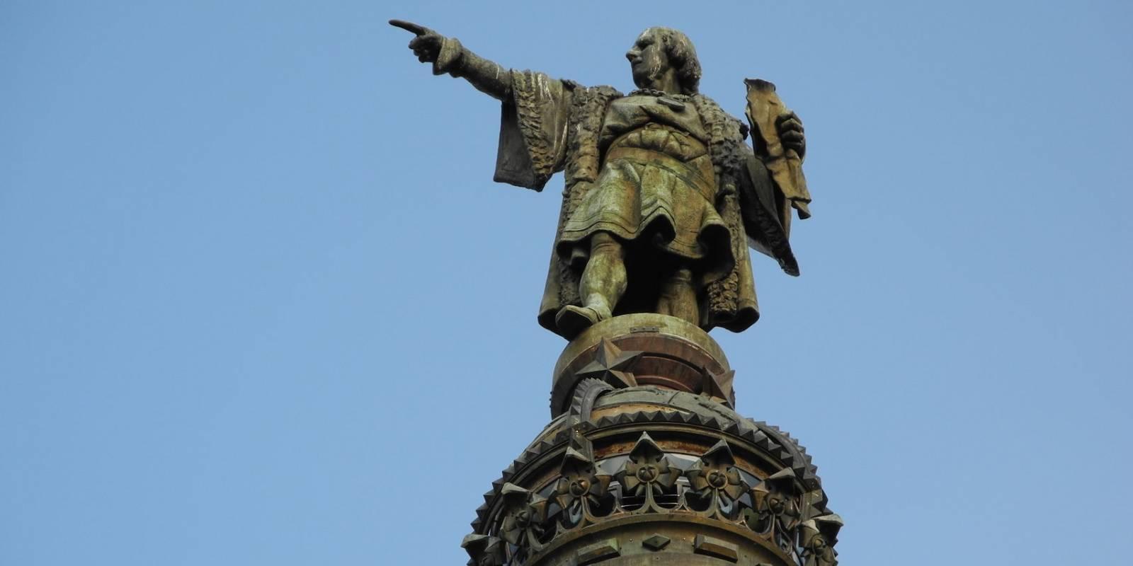 Estatua de Colón en Barcelona, España