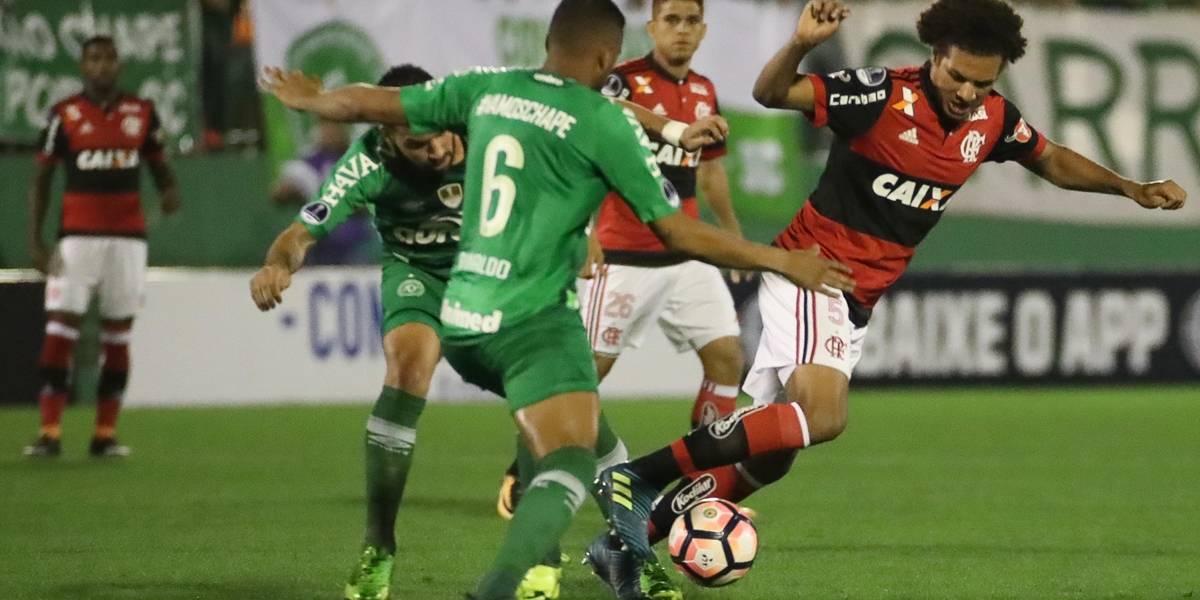 Chape e Flamengo empatam na Arena Condá