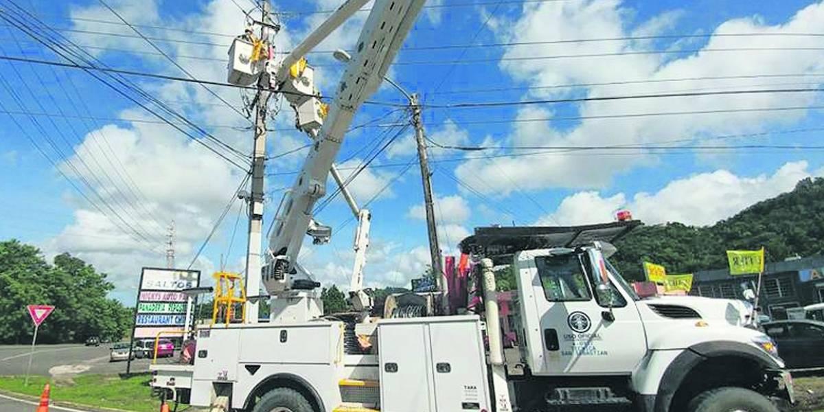 Choque de alta tensión entre AEE y UTIER, tras Irma