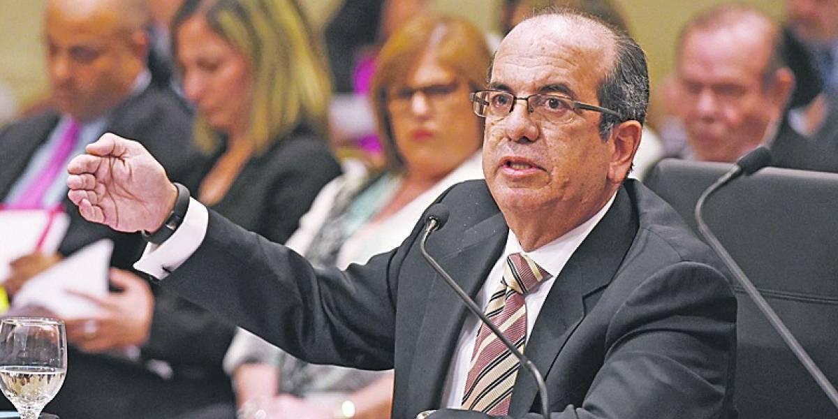 Acevedo Vilá también pide cancelar contrato de Whitefish