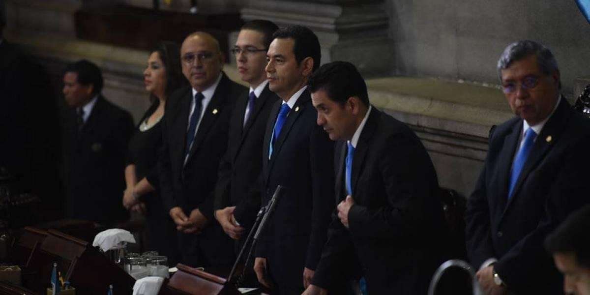 Morales agradece el apoyo de los diputados en sesión solemne por la Independencia