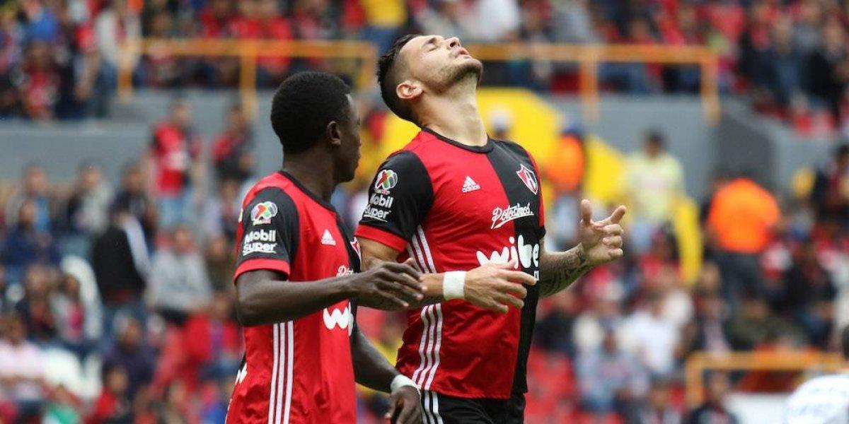 Rayados ganó 2-1 al Atlas y se mantiene como líder